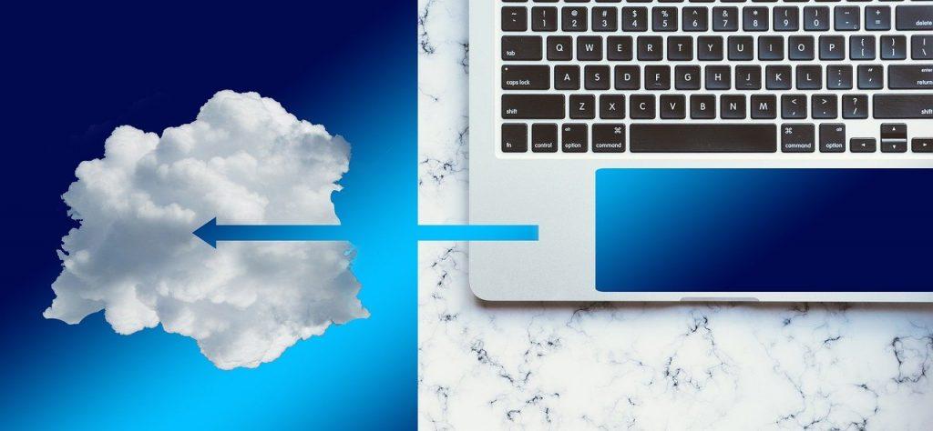 Sinivalkoinen kuva jossa pilvi ja kannettava tietokone